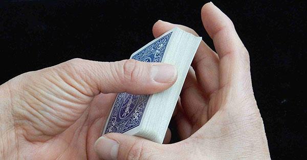 10 Langkah Analisis Kartu Poker Online